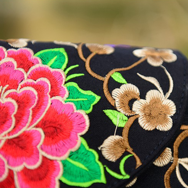 Ethnic Indian Embroidered Small Sling Shoulder Bag Handmade Fabric Embroidery Crossbody Bags Luxury Brand Messenger Bag 3
