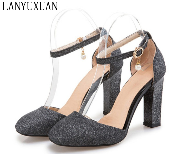 2017 Hot New Summer Style Sandals Women Sweet fashion Big Size 31-45 Lady Shoes High Heel Women Pumps wedding Party shoes T710