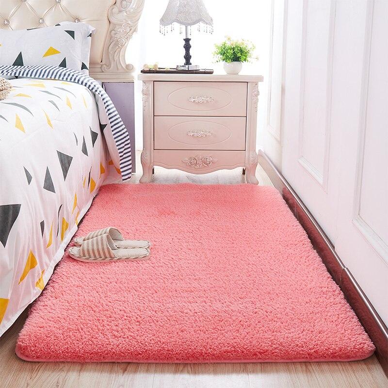 Weiche Plüsch Bad Teppich Schlafzimmer Nacht Fuß Matte Einfarbig Wasser Absorption Teppich Verdicken Anti-slip Bath Matte Boden teppich