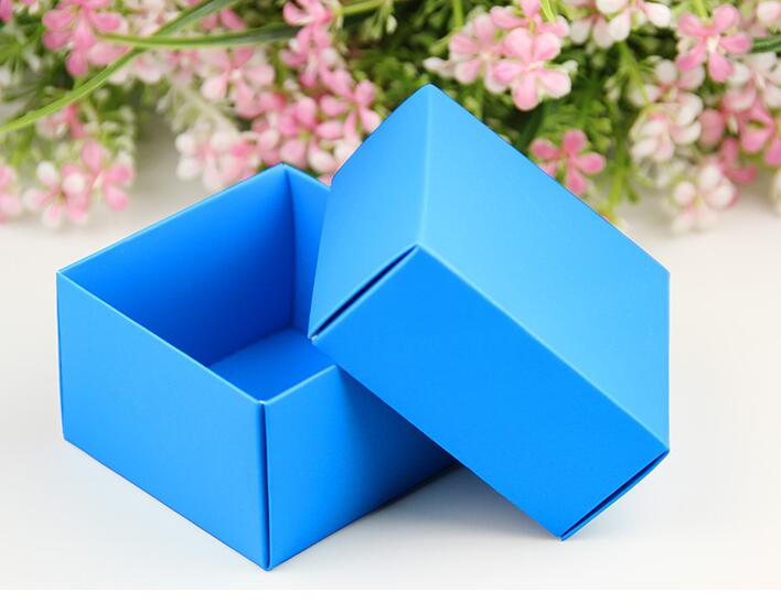 12-29 Alice, Size: 6.5*6.5*4.2cm Mini Blue Hard paper box with lid, Wedding candy gift box package,Wedding party favor supply