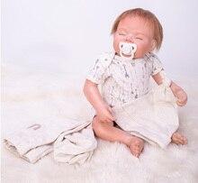 55 cm Lifelike Renascer Baby Dolls Macio Vinil Silicone Boneca Reborn bebe reborn realista Que Acompanham boneca Brinquedos para As Crianças Meninas