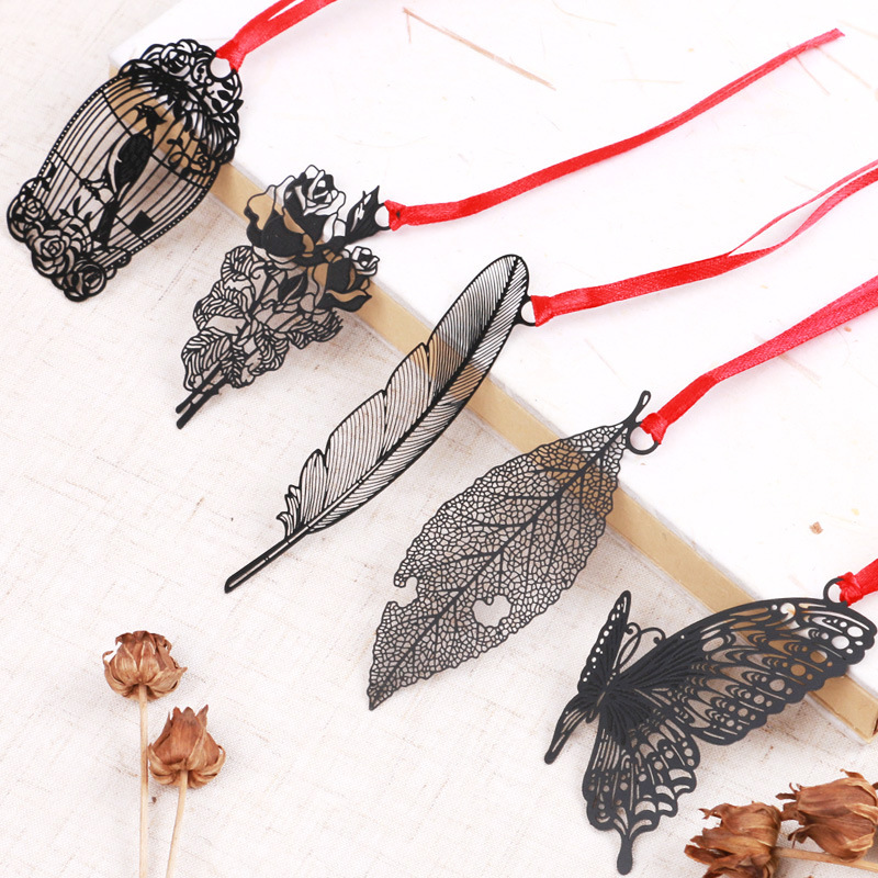 Cute Black Metal Leaves Bookmarker With Card Packing Cute Butterfly Hollow Book Mark For Books Student Gift School Stationery