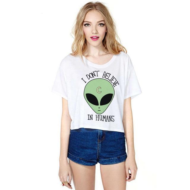 Mulheres marca de Moda T shirt Impressão Padrões de Caracteres Branco Sexy Topos das Culturas de Verão Clubwear