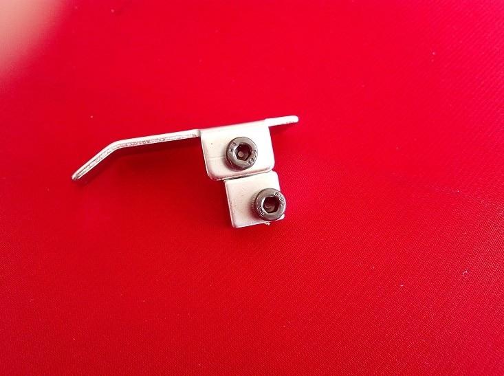 Endüstriyel dikiş makinesi parçaları dikiş aksesuarları NO. V GB-6 konumlandırma asılı ve presleme yakın ayak