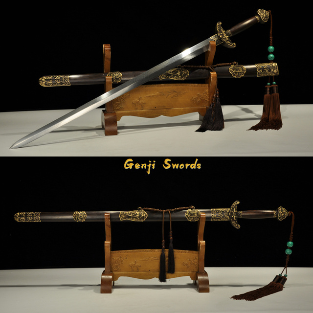 Qianlong épée chinoise pliée damas   En acier, fait à la main, raccord en laiton pur