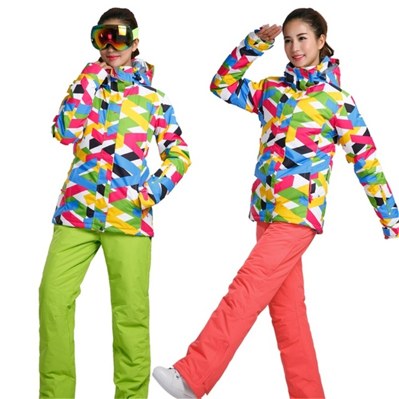 Femmes combinaison de Ski Sports D'hiver En Plein Air Veste Snowboard Femme Vêtements de Neige De Ski Dames Veste Ensembles Pantalon Chaud autour 20- 30 degré