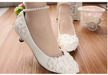 MIDDLE/LOW/HIGH HEELS white pumps shoes with lace flowers cheap low price, bridal pearls anklets party pumps, TG005 women's shoe 2