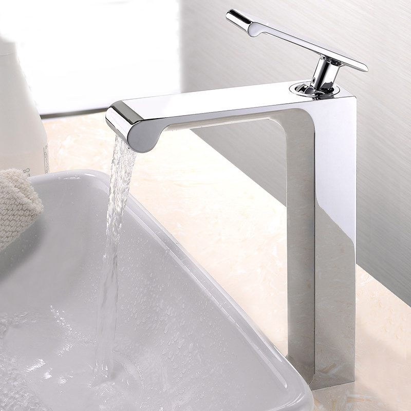 Free shippping Single Handle Waterfall Basin Faucet Tap Deck Mounted Brass Hot and Cold Bathroom Faucet BF758 free shipping luxury three piece bathroom faucet brass chromed basin tap wall mounted waterfall faucet lt 303