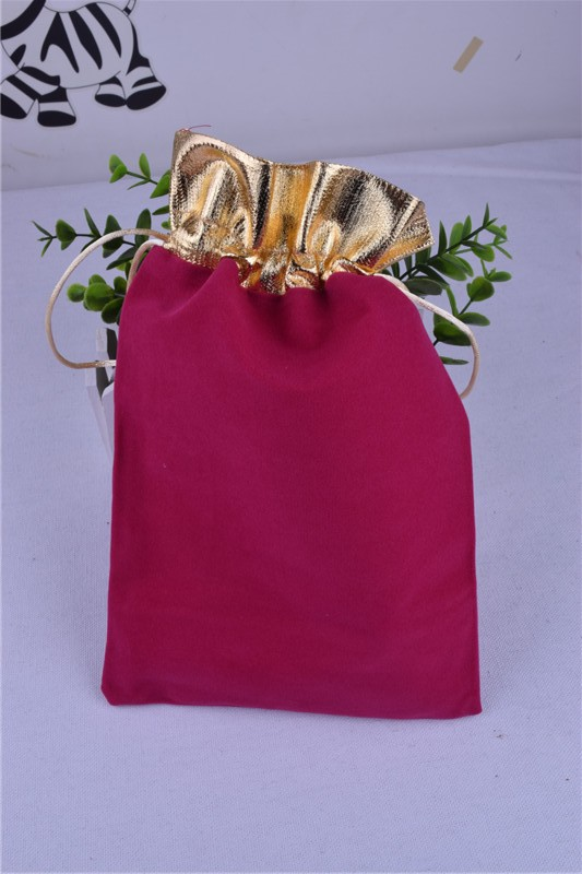 Red Wedding Gift Bags : RED gift Pouches Velvet Gift Bags Wedding Favor Christmas gift bag ...