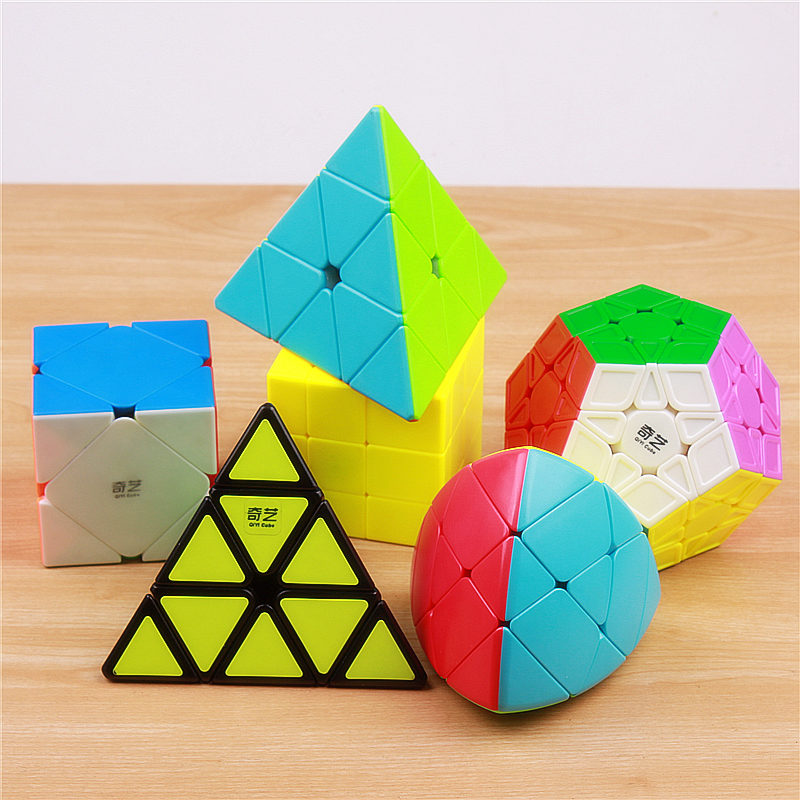 Купить с кэшбэком Qiyi megaminxeds puzzle speed magic cube pyramidcube stickerless professional special shape mirror pyramid cubes wholesale