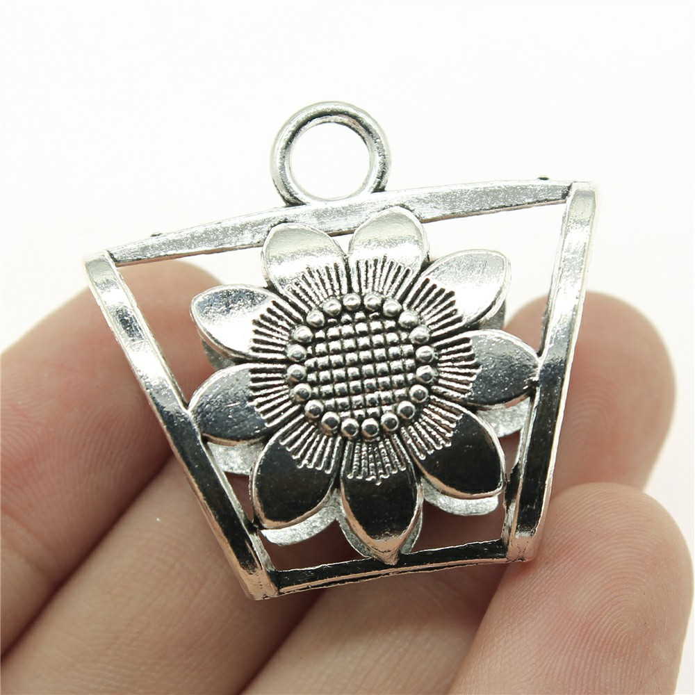 WYSIWYG 2pcs 40*36*16mm Double-sided sunflower scarf buckle Pendants Charms Findings Jewellery Making Findings for DIY Craft