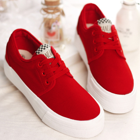 e3fea09e23b Low Top Canvas Shoes For Women Platform Sneakers Nice New Fashion White  Black Red Blue 5 Colors Casual women shoes Ladies Flats-in Women s  Vulcanize Shoes ...