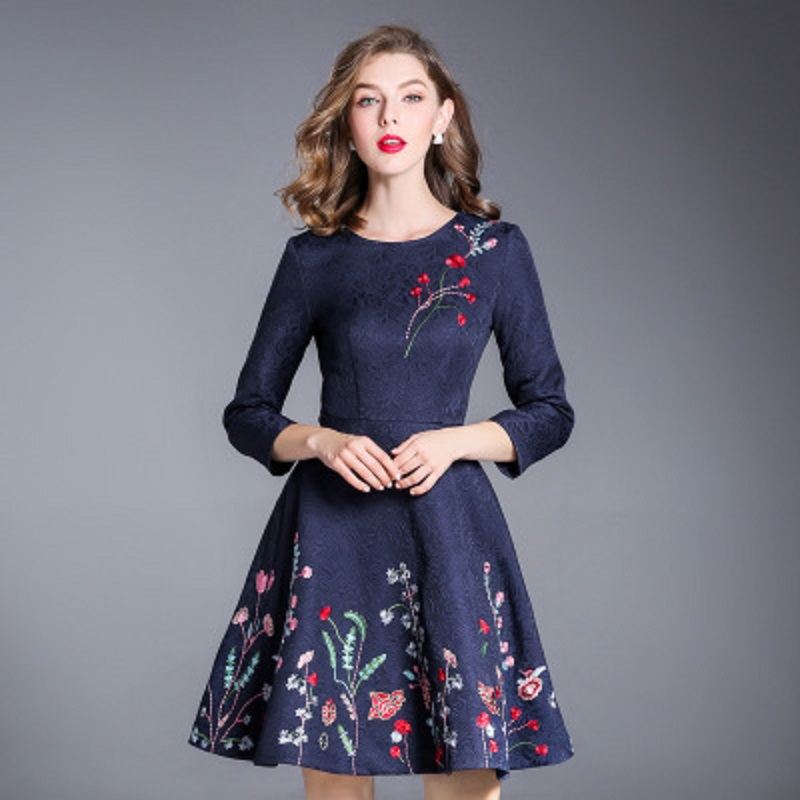 Fashion Runway 2018 new ladies Embroidery dress xxxl spring Autumn Clothing Flower party office Women Vintage