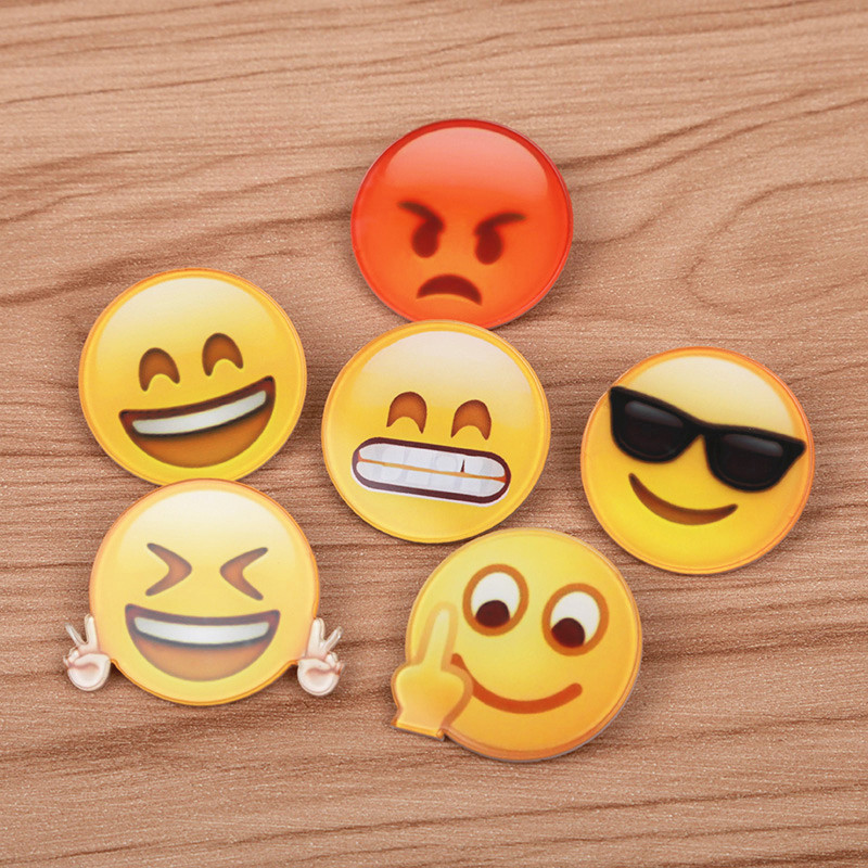 FFFPIN Chat Cartoon Expression Waiter Brooch Badge Clothes Scarf Performer Coin Pin Tactical Stalker Rozet Breastpin Face Smile