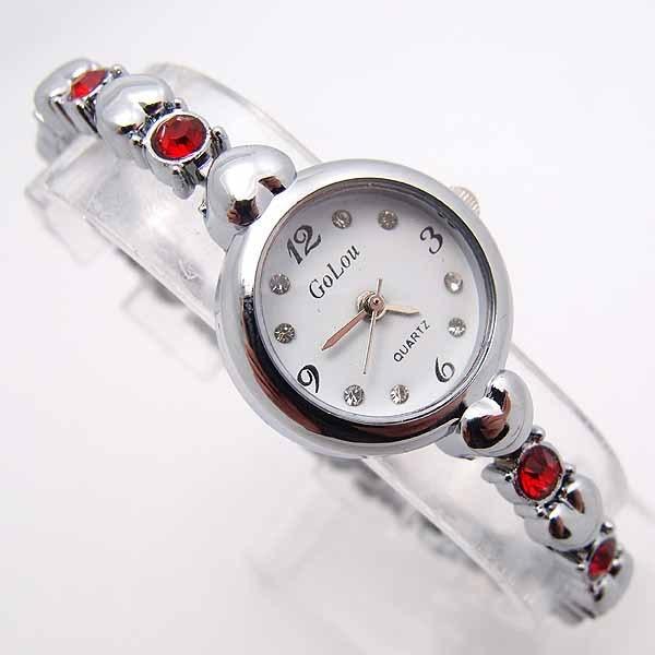 Luxury High Quality Heart Bracelet Watch Women Lady Fashion Crystal Dress Quartz Wristwatches Relogio Feminino GO095s