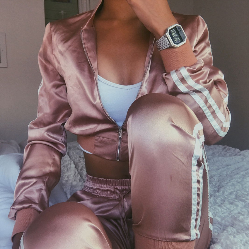 New Women Tracksuit Zipper Hoodies Sweatshirt And Pants 2 Pieces Set Fashion 2018 Female Cropped Top Pullover And Trousers Suit