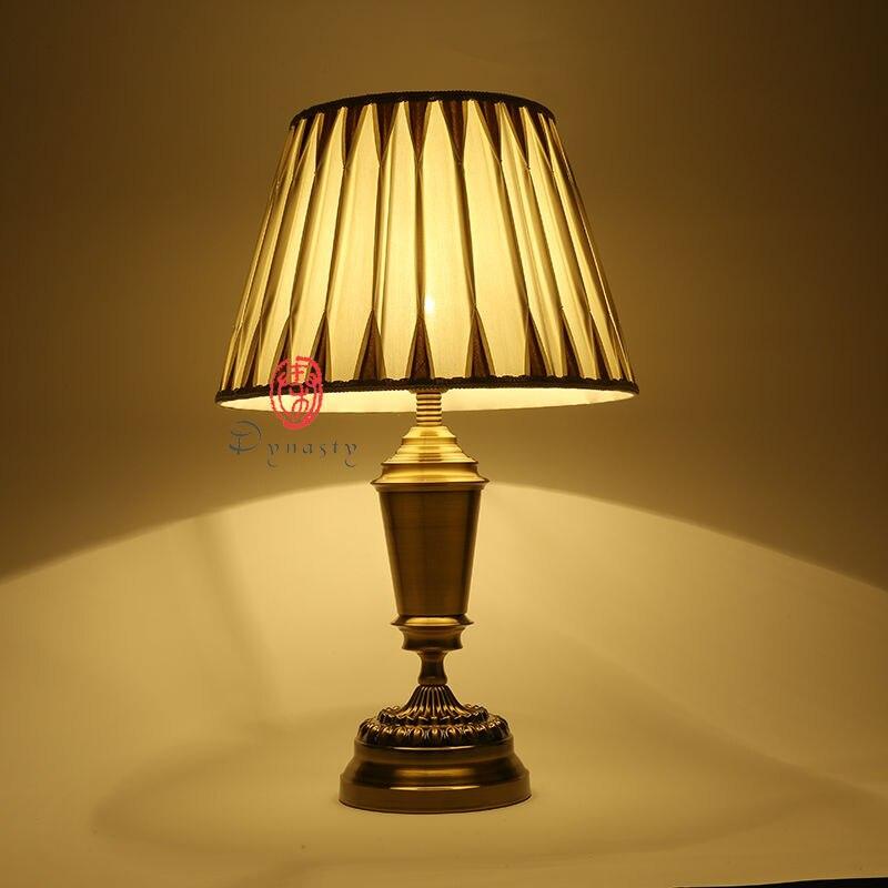 Klassische Antike Messing Kupfer Vintage Kunst Dekoration Stil Tischlampe E27 Schreibtisch Lichter AC 110 220