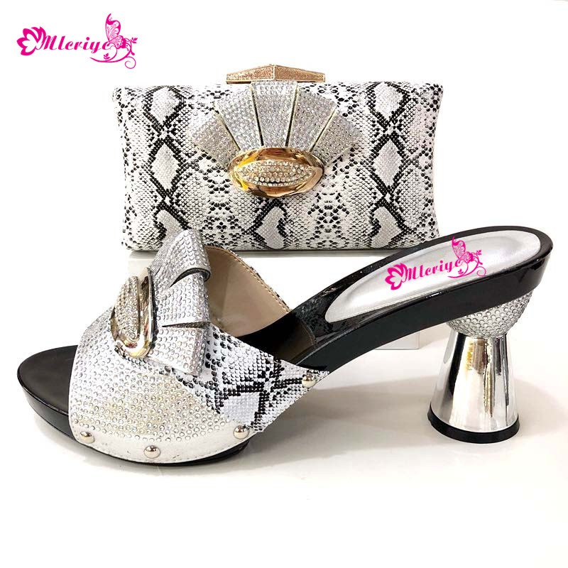 Fashion Italian Shoes With Matching Clutch Bag Hot African silver Color Wedding With High Heel Shoes and Bag Set cd158 1 free shipping hot sale fashion design shoes and matching bag with glitter item in black
