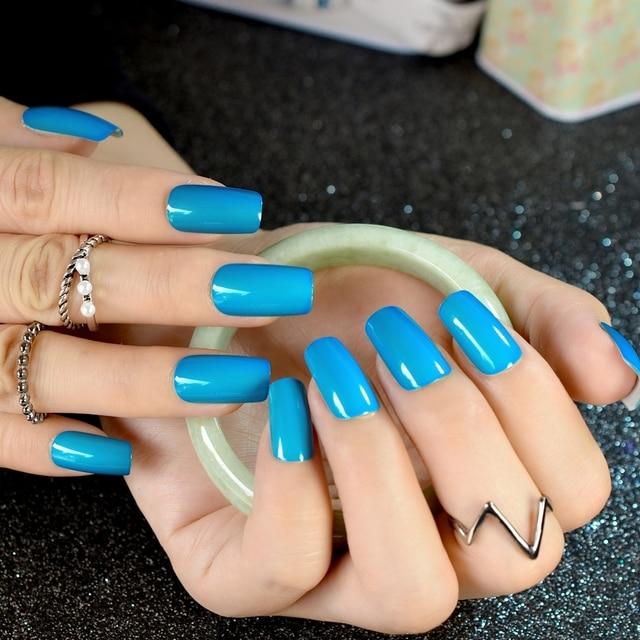 High Light Fake Nails Shiny Sky Blue Square False Fashion Nail Art Decoration Tips Manicure