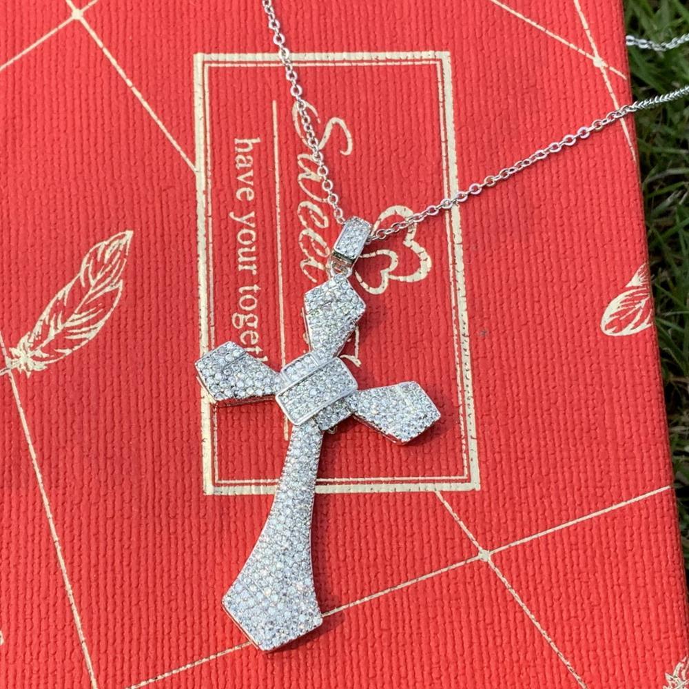 Offre spéciale 2019 nouveau Vintage mode bijoux 925 en argent Sterling pavé blanc 5A cubique zircone CZ croix pendentif chanceux femmes collier