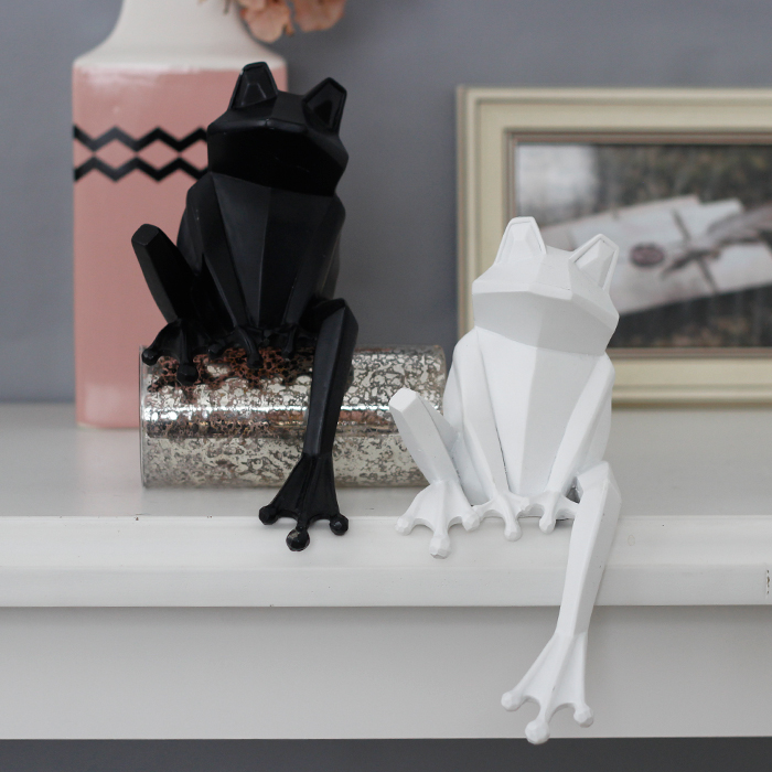 Nordic Creative resin Origami Frog figurine vintage Frog statue home decor crafts room decoration objects resin animal figurine in Statues Sculptures from Home Garden