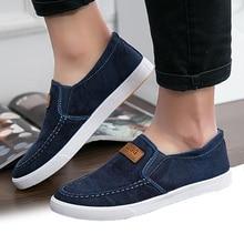 Yaz kanvas ayakkabılar erkekler Sneakers Casual Flats loaferlar üzerinde kayma mokasen erkek ayakkabı yetişkin Denim nefes gri Zapatos Hombre