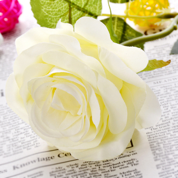 Artificial Flower rose high-grade silk flower wedding reception room tea table decoration fake flowers .christmas decorations fo