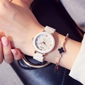 Kezzi Estrenar Moda Mujeres Del Reloj de Cerámica Elegante Ola Shading Dial Reloj de Vestir de Las Señoras de Lujo Casual Reloj Relogio Feminino