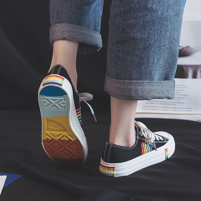 Rainbow Canvas Shoes 2019 Spring Summer Trending Style Colorful Outsole Girls Fashion Sneakers Street Hip Pop Low Top 35-40