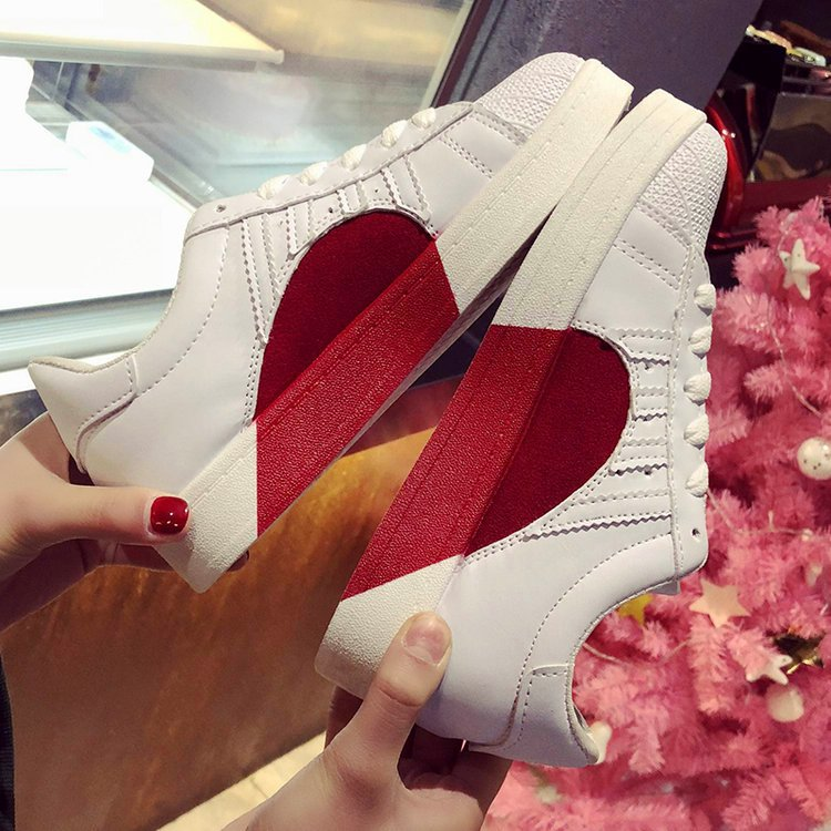 New small white shoes female flat bottom strap sports casual men and women couple shell head shoes in Sneakers from Mother Kids