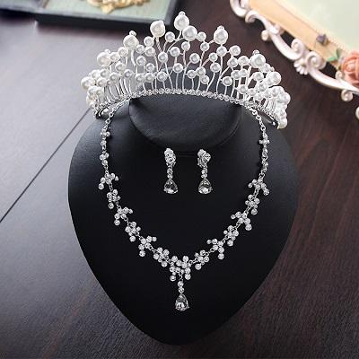 Bride Diaries New Design Crystal Pearl Bride 3pcs Set Necklace Earrings Tiara Bridal Wedding Jewelry Set Accessories (19)