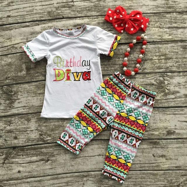 Cumpleaños de las niñas trajes bebé niñas pantalones capri trajes de verano sistemas de la manga pone en cortocircuito la ropa Cumpleaños DIVA con accesorios