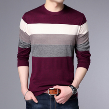 2018 New Autumn Winter Fashion Brand Clothing Men's Sweaters stripe Breathable Slim Fit Men Pullover O Neck Knitted Sweater Men