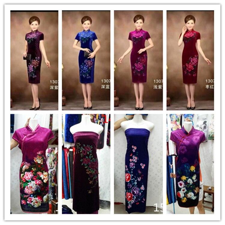 Les nouvelles importations sud-coréennes de fleurs de positionnement pleuche tissu velours cheongsam vêtements habillés/(un positionnement)