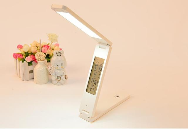 Dobrável LEVOU Lâmpada De Mesa Dobrável Portátil Desk Light Reading booklight recarregável de lítio do alarme do Calendário relógio temperatura