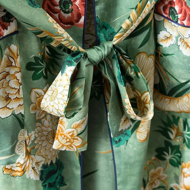 X192 women vintage floral print green color long design jacket kimono outwear ladies summer double pockets with belt jackets top 3