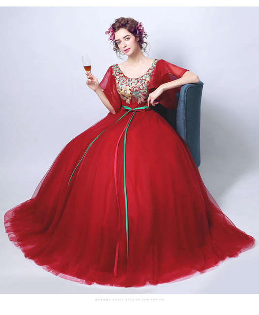 3ac6b9c27ec4 wine red Renaissance ball gown medieval cosplay dress sissi princess  Medieval Gown queen CosVictorian / Belle