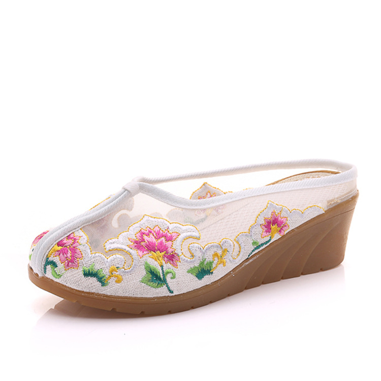 Old Beijing Shoes Women Shoes Flower Slip On Loafers Mesh Women Flats Casual Comfort Ladies Shoes plus size 35-41 women casual shoes 2018 new arrival women s fashion air mesh summer shoes female slip on plus size 35 40 shoes footwear 707w