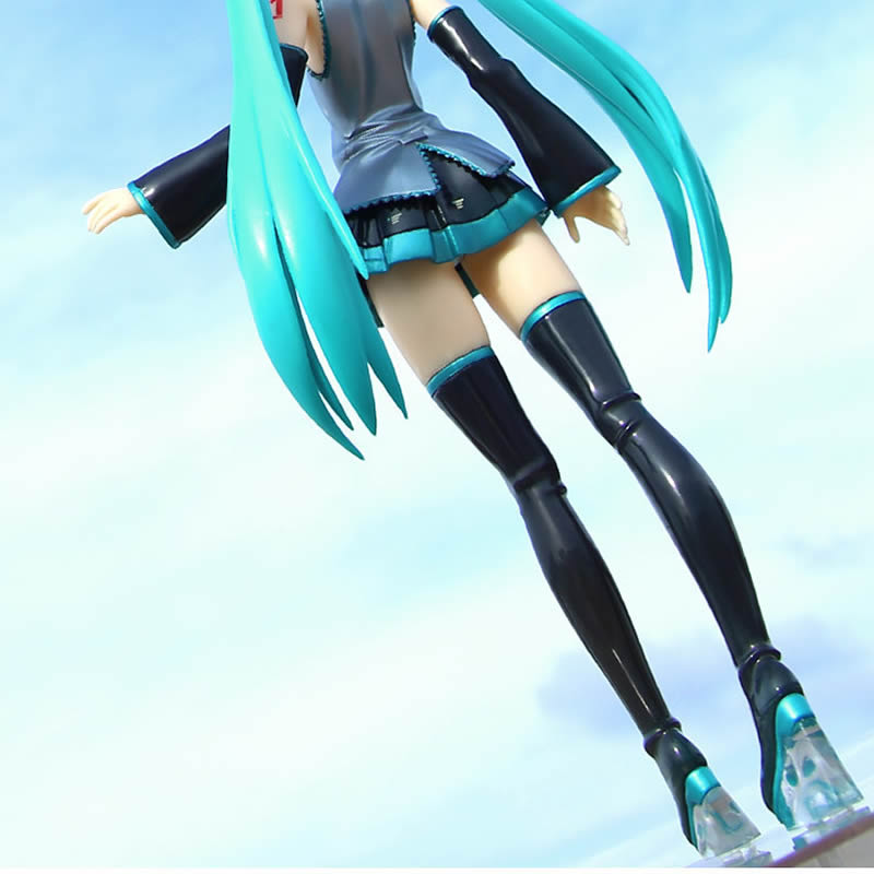 Japanese Action figure Hatsune Miku Standing Cute Cartoon Doll PVC Collectible Model Toy 21.5CM with box gift for girl friend
