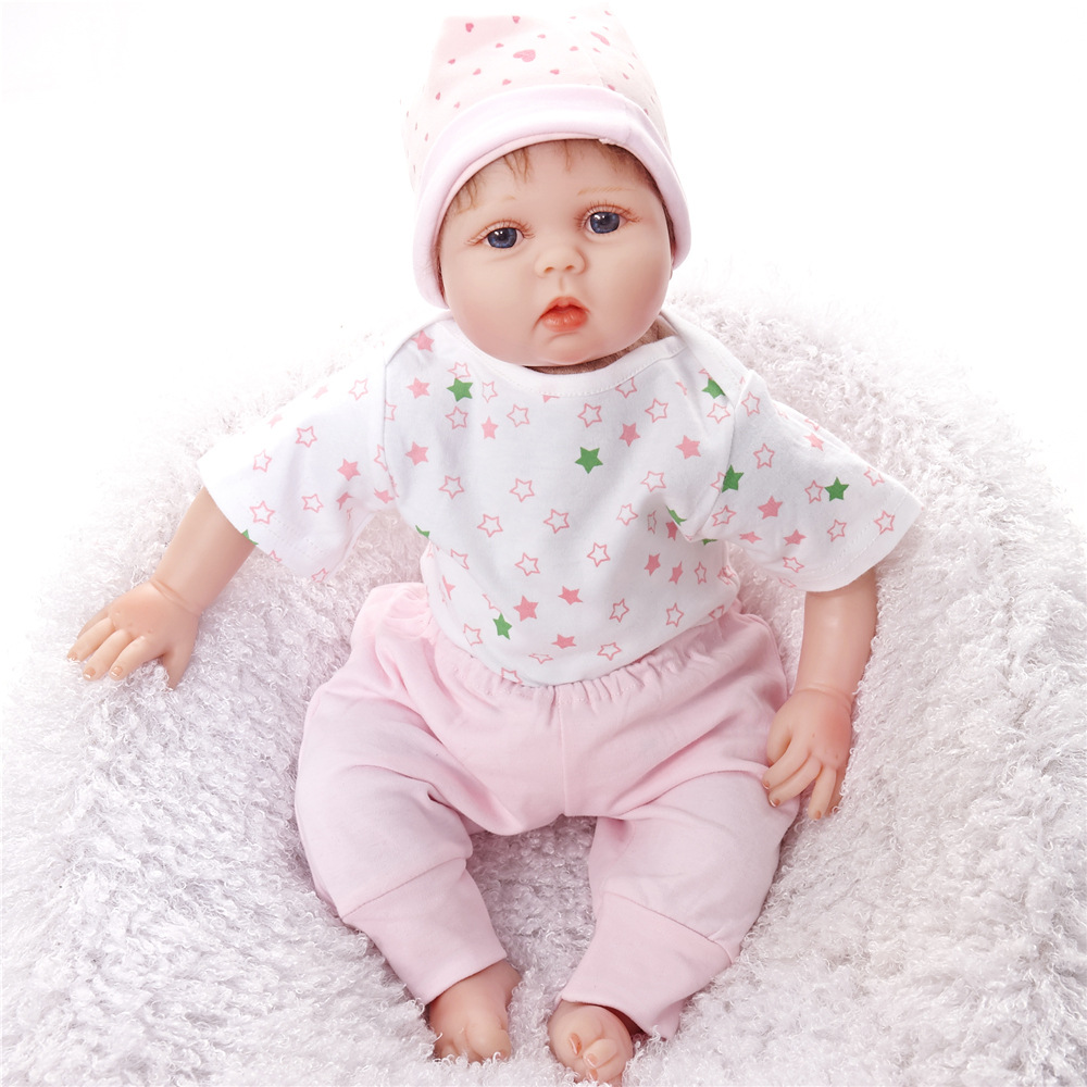 22 inches Lovely Newborn Doll Silicone Soft Realistic Reborn Baby Dolls with Cloth Body Toy for Children Birthday Xmas Girl Gift 22 inches soft silicone reborn baby dolls cloth body real looking newborn alive girl babies boneca toy kids birthday xmas gift