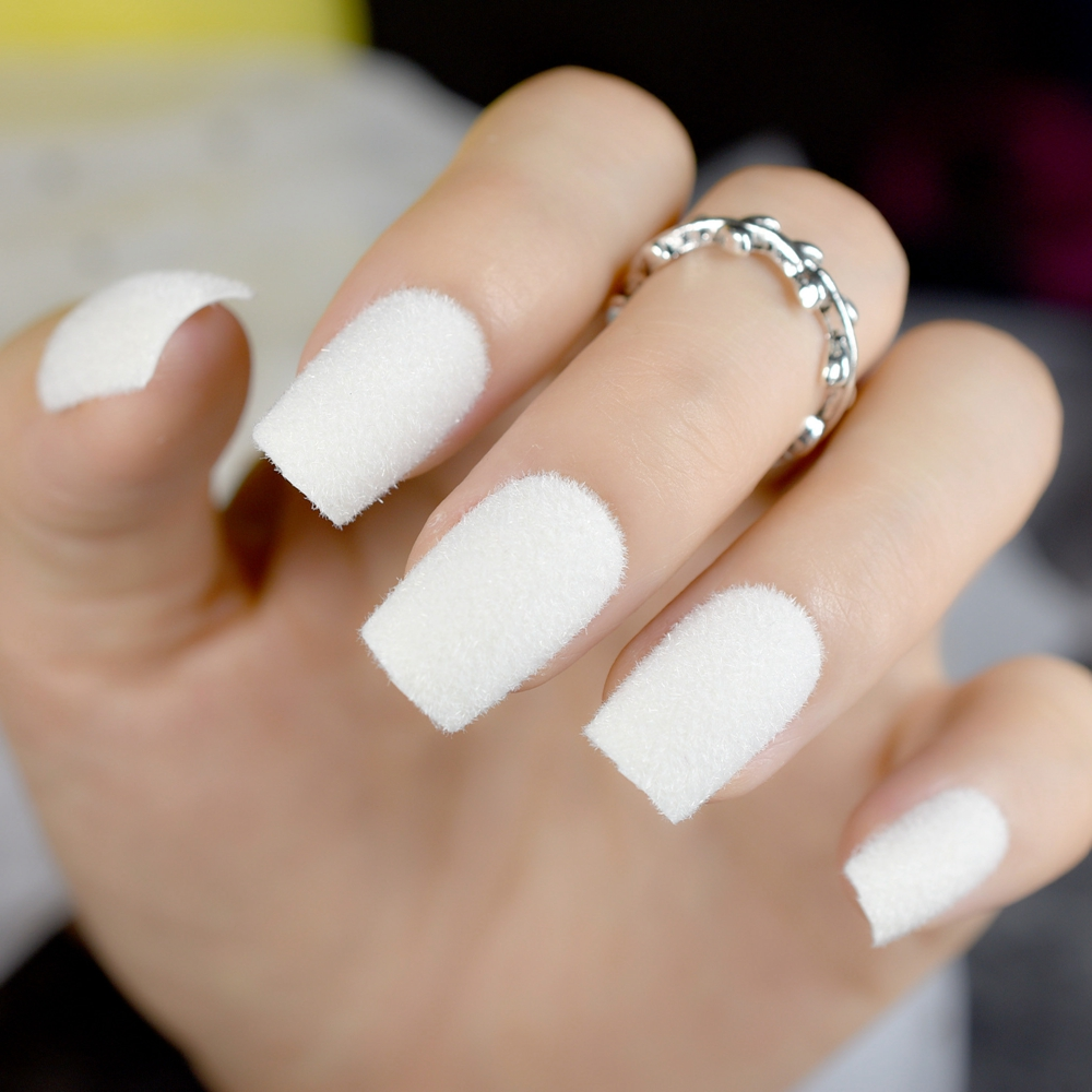 Big Sale White Swan Fake Nails Pure Matte Flocking Velvet Medium ...