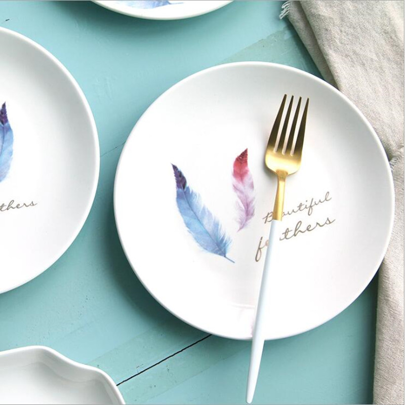 8 Inch Creative Colored feather Ceramic Plate Porcelain Beef Dishes Dessert Dish Fruit Plate Cake Tray Food Dinnerware 1pc
