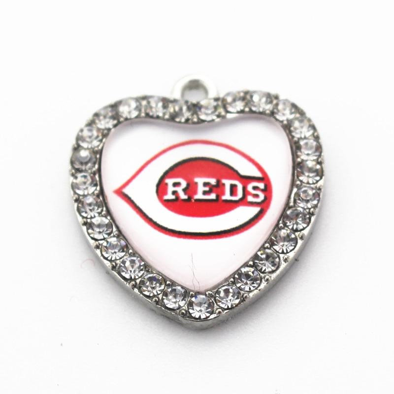 8pcs USA Cincinnati Reds Dangle Charms Crystal Heart Baseball Charms DIY Bracelet/Necklace Jewelry Hanging Pendants Charms