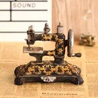 Antieke imitatie hars naaimachine craft vintage ornamenten woondecoratie studio fotografie props