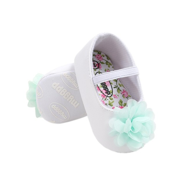 22543d09a9a7 Toddler Shoes Newborn Baby Girl First Walker Cute Lace Flower Anti-Slip  Spring Autumn Cotton Soft Infant Girl Shoes