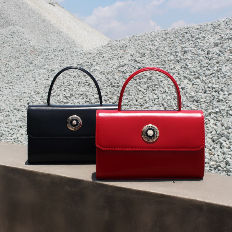 BENVICHED Ladies Cattle leather Dinner bag 2019 new fashion women Pure color handbag single shoulder bag retro Banquet bag c384BENVICHED Ladies Cattle leather Dinner bag 2019 new fashion women Pure color handbag single shoulder bag retro Banquet bag c384
