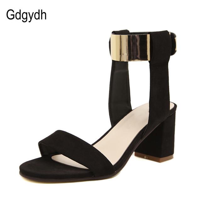 Gdgydh Novas 2017 verão sandálias de salto grosso mulheres sapatos da moda das mulheres de metal couro nobuck qualidade Tamanho dos saltos altos sandálias 35-40