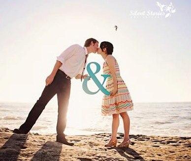 Ampersand Sign Photo Prop pro svatbu nebo zásnuby - Wedding Sign Photo Prop pvc Dřevěná velikost35cm