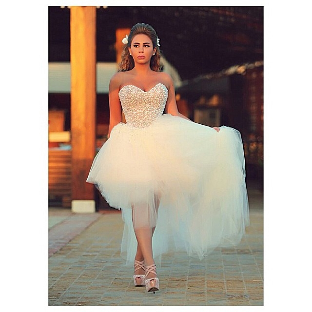 Scoop Neck Sleeveless Crystal Beading Tulle High Low Wedding Dress Short Beach Bridal - Suzhou FanJieShi Co., Ltd. store