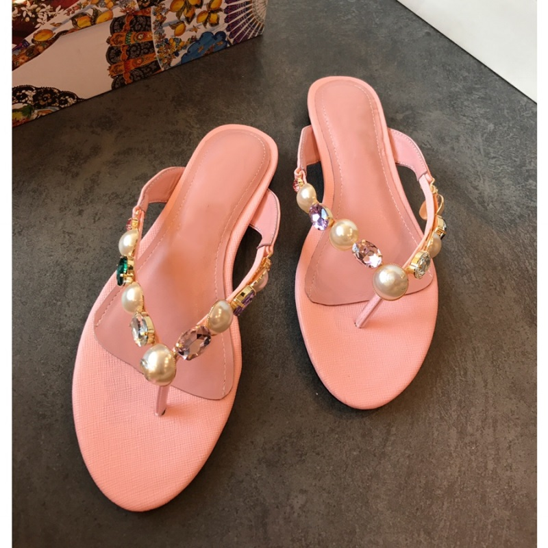 Summer Beach Flip Flops Women Crystal Pearls Fashion Girls Flat Slippers Woman Leather Slides Come with Box Holiday Casual ShoesSummer Beach Flip Flops Women Crystal Pearls Fashion Girls Flat Slippers Woman Leather Slides Come with Box Holiday Casual Shoes